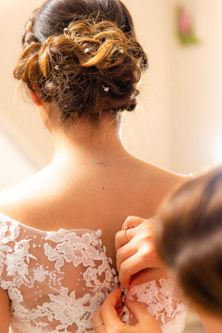 Mariée préparatifs robe